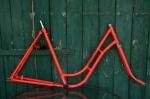 "Fahrradrahmen  ""DÜRKOPP"",  Damenausf., leucht-rot überlackiert, 28 Zoll,  RH=56cm, 50er J., incl. Gabel"