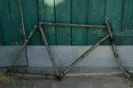 "Fahrradrahmen  ""UNBEKANNT"",  Herrenausf., grün, 26 Zoll ,  RH=56cm, 30er J., incl. Gabel"