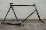 "Fahrradrahmen  ""VATERLAND"", schwarz m. Strahlenkopf, 28 Zoll , RH=62cm, 50er J., incl. Gabel"
