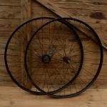 """Laufradsatz Wulstfelgen 28"""" Breite 33 mm,  36-Loch, Stahl schwarz lackiert, Original Altbestand"""