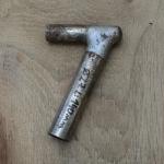 Winkelsattelstütze, Durchmesser: 27 mm, Länge: 140 mm, gebraucht, orig. 10-40er Jahre, Zustand siehe Bilder.