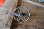 Tretlager 5/8 Zoll, Glockenausf. Achslänge 140 mm, Kurbellänge 182 mm,  10er Jahre,  Alte Schweißstelle am Kettenrad