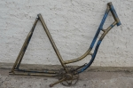 """Fahrradrahmen """"Unbekannt"""" Damenausf. 28 Zoll, kräftig überlackiert, Stahl, schwarz, RH=55 cm, 20er Jahre"""
