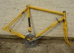 "Fahrradrahmen ""BSA"", Rahmenhöhe 55 cm, Rahmennummer GH51xxxx, gelb"