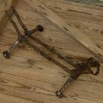 """Ausstellungs Ständer, """"Rollenständer"""", Stahl, Länge 53cm Breite 29cm Höhe 20cm, gebraucht, orig. 30er J."""