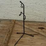 """Ausstellungs Ständer, """"Ständer f. Hinterbauaufnahme"""", Stahl, Breite 40cm Höhe 68cm, gebraucht, Maulweite ca. 20mm"""