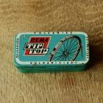 """Flickzeug Blechdose """"REMA TIP TOP"""" orig. 50-60er Jahre, 68 x 34 x 17 mm, ohne Inhalt"""