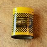 """Flickzeug Blechdose """"VICTORIA-VULCO"""" orig. 30er Jahre, 68 x 47 x 25 mm, ohne Inhalt"""