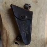 Werkzeugtasche ungemarkt,  Damenrad, Leder, floral geprägt, schwarz, orig. 10/20er Jahre, altersbed.  Patina