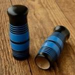 Holzgriffe,  ballige Form, zweifarbig lackiert, blau-schwarz, 22mm, 100mm lang