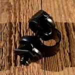 Sattelkloben für Runddraht Aufnahme, schwarz