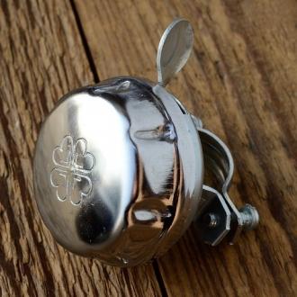 Fahrrad Glocke / Klingel,  klassische Glocke mit Metalldrücker von Reich,   D=50mm, verchromt, deutsche Fertigung.