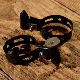 Spitzpumpenhalter, schwarz, mit Federklemmung, orig Altbestand 20-50er Jahre, D=27-30mm