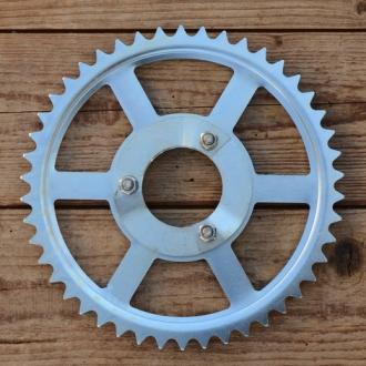 """Kettenrad """"MAW Fahrradmotor"""", glanzverzinkt, incl. Segmente u. Schrauben, paßt auch für div. andere Heckmotoren"""