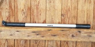 """Luftpumpe """"Superia"""", silber / schwarz, federnd, Spitzenmaß ca. 53-55 cm, auch für Rahmenklemmung passend, NOS"""