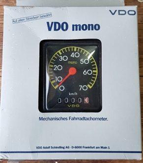"Tachometer ""VDO mono"", NOS, schwarz, ca. 65 x 80 mm,  je nach mont. VDO Antreiber  f. 20""-28"" passend"