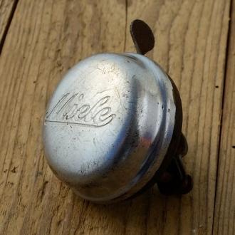 """Fahrrad Klingel  """"MIELE"""", orig. 30er Jahre, verchromt, incl. Unterteil, mit Patina / Gebrauchsspuren, siehe Bilder"""