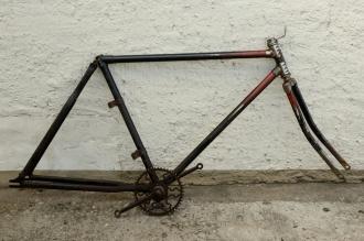 "Fahrradrahmen ""TRIGA"",  Herrenausf., 28 Zoll , RH=57cm, orig. 30er J., incl. Gabel,  incl. Tretlager"