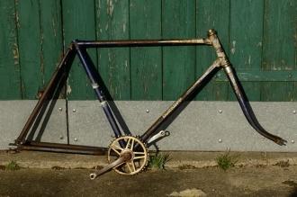 "Fahrradrahmen ""DÜRKOPP"",  Herrenausf., 28 Zoll,  RH=56cm, orig. 50er J., incl. Tretlager u. Gabel"