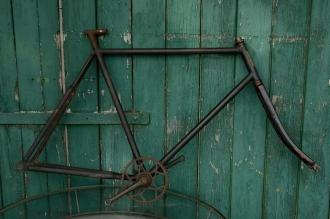 "Fahrradrahmen  ""OPEL"",  Herrenausf., schwarz, 28 Zoll ,  RH=60cm, 30er J., incl. Gabel u. Tretlager"