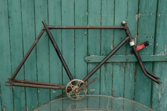 "Fahrradrahmen  ""NSU OPEL"",  Herrenausf., schwarz , 28 Zoll,  RH=55cm, 30er J., incl. Gabel u. Tretlager"
