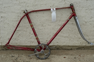 "Fahrradrahmen  ""VICTORIA 4-Gang"",  Herrenausf., Sport, rot/metallic , 28 Zoll,  RH=55cm, 50er J., incl. Gabel u. Tretlager"