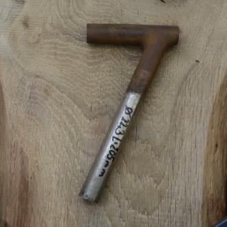 Winkelsattelstütze, Durchmesser: 22,3 mm, Länge: 205 mm, gebraucht, orig. 10-40er Jahre, Zustand siehe Bilder.