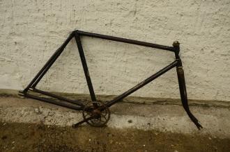"Fahrradrahmen ""Brillant"", 28 Zoll,Rahmenhöhe = 55 cm, Originallack, 40er Jahre"