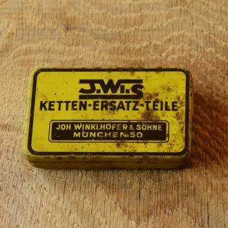 """Ketten Ersatzteile,  Blechdose """"J.W.S"""" orig. 50er Jahre, 74 x 44 x 18 mm, ohne Inhalt"""