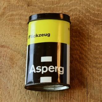 """Flickzeug Blechdose """"ASPERG"""" orig. 60er Jahre, 82 x 47 x 24 mm, ohne Inhalt"""