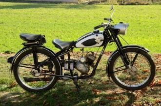 GÖRICKE Motorfahrrad 98 ccm, 50er Jahre, ältere Restaurierung, ohne Brief, läuft !