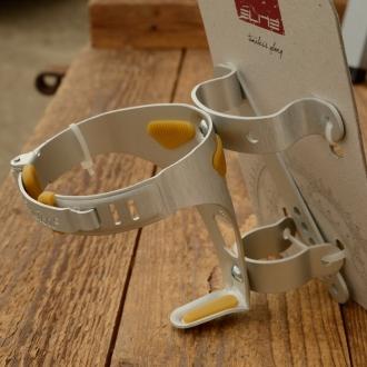 """Halter für Trinkflasche """"ELITE"""", Aluminium, incl. Lenkerhalterung  u. Spannvorrichtung, Neuauflage für l`eroica in Kleinauflage"""